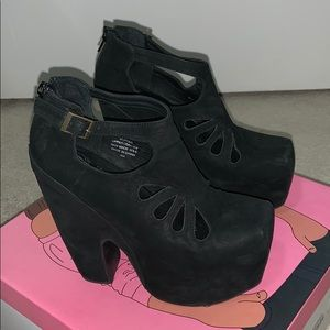 Jeffrey Campbell Cuffed Black Platform 7